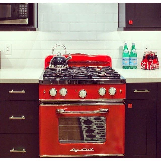 A Big Chill Retro Stove In Cherry Red Brings The
