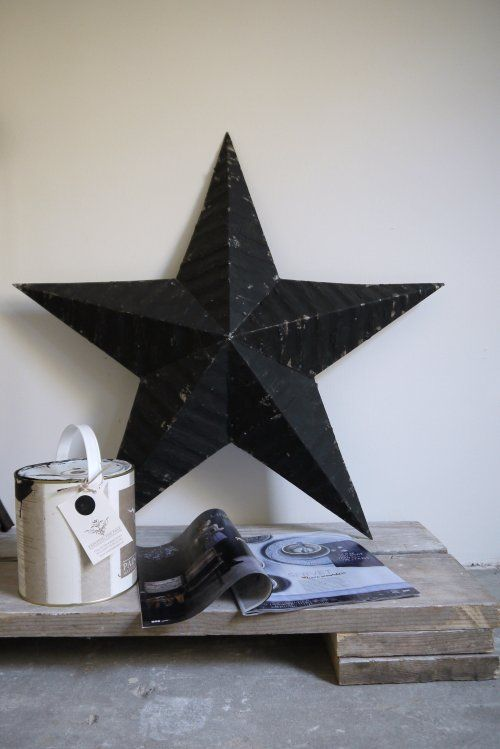 Big stars for Christmas in a B&W home