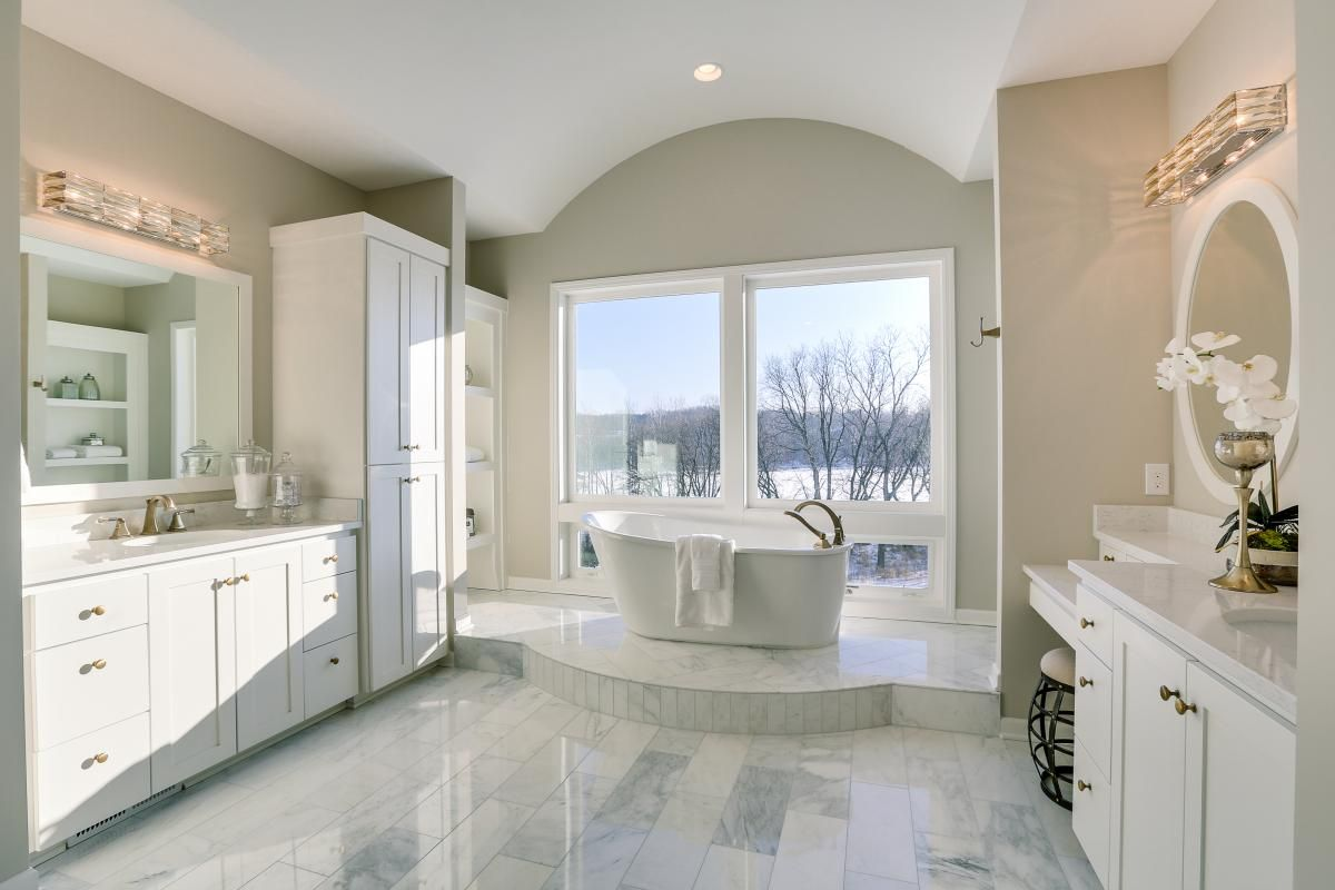 Bright white bathroom in the 2017 Spring Parade of Homes 19