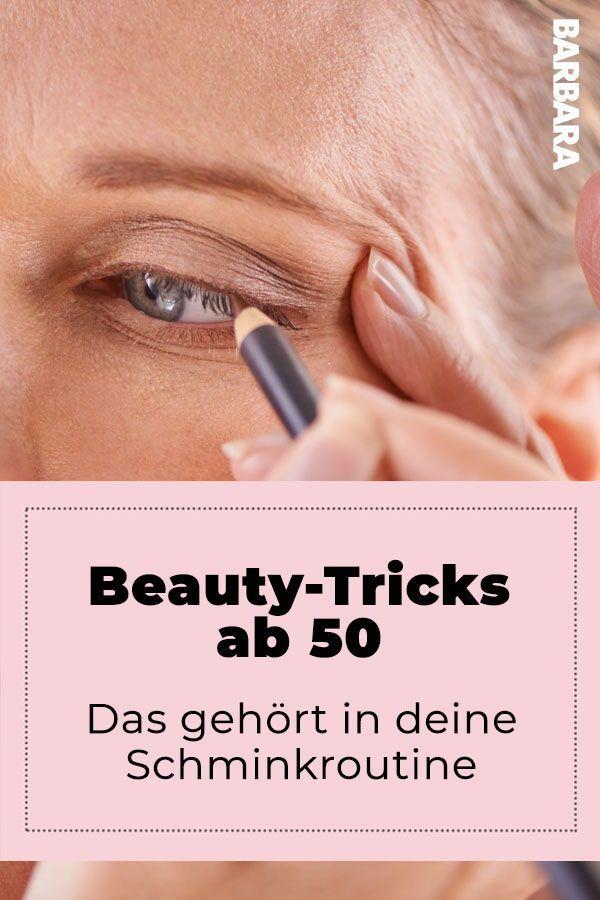 Glitzer setzt sich in den Falten ab – Sechs Beauty-Must-Haves 50+++ #makeup