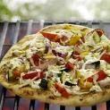 Grilled veggie pizza