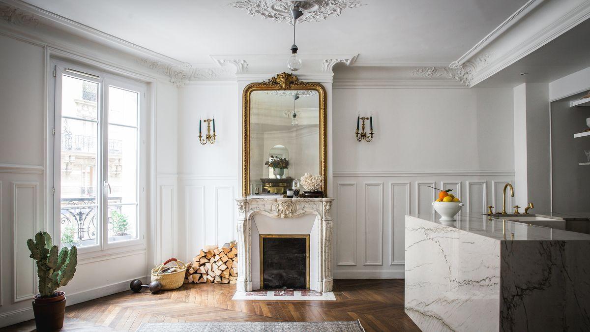 In Paris Mixing Flea Market Finds And Scores From The French Craigslist Home Paris Apartment Decor Paris Apartments