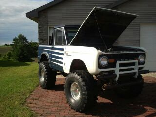 My hubby's 1970 Ford Bronco