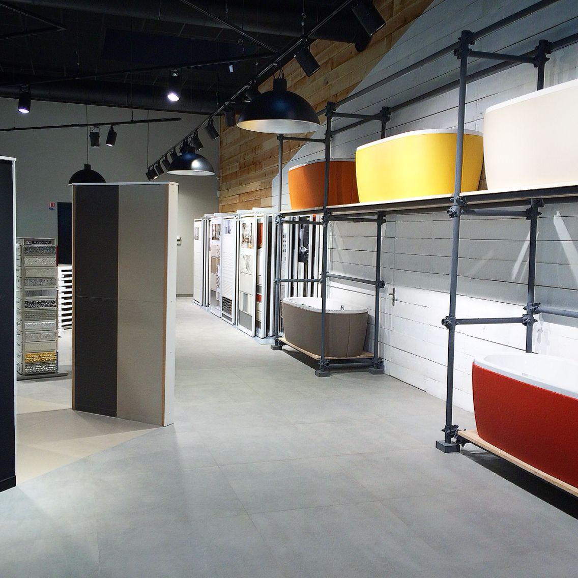 FORGIARINI Showroom Mulhouse France Carrelage Sanitaire