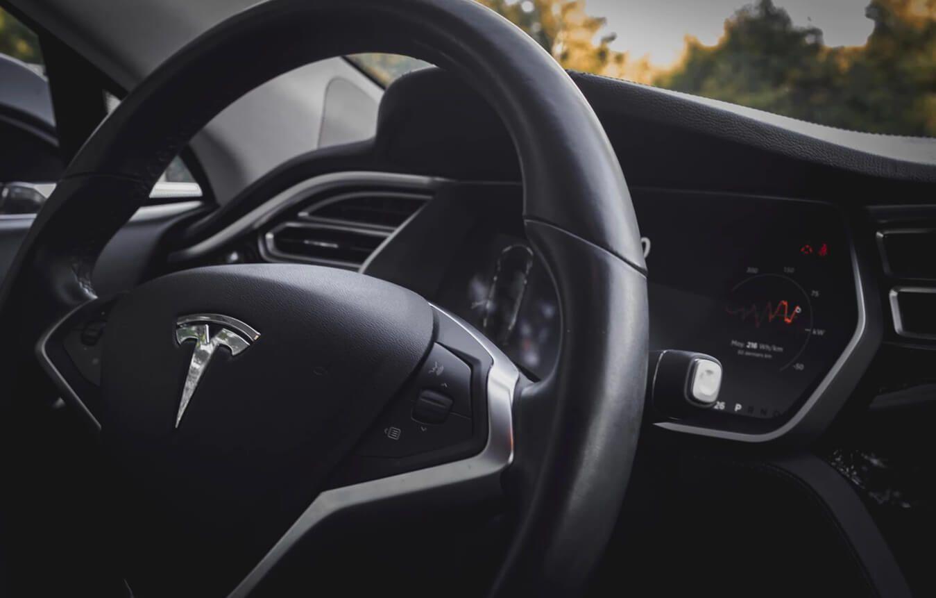 tesla summon mode release date | KnowTechie.com | Tesla ...
