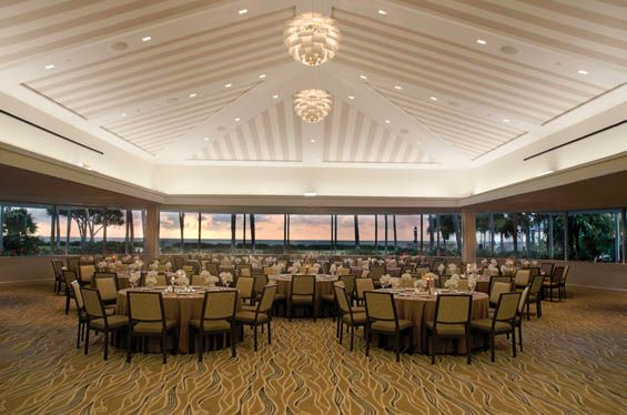 Booking A Wedding In Naples FL Look No Further Than Beach Hotel