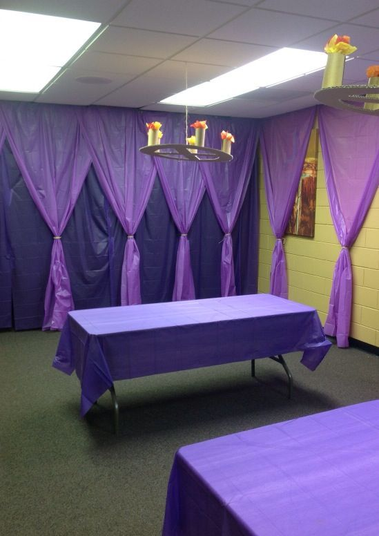 Royal craft room - love the curtains, cheap to do with plastic ...