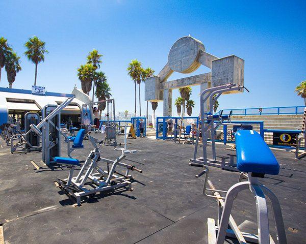 Top 5 Outdoor Gyms In Los Angeles Venice Beach California Muscle Beach Venice Beach