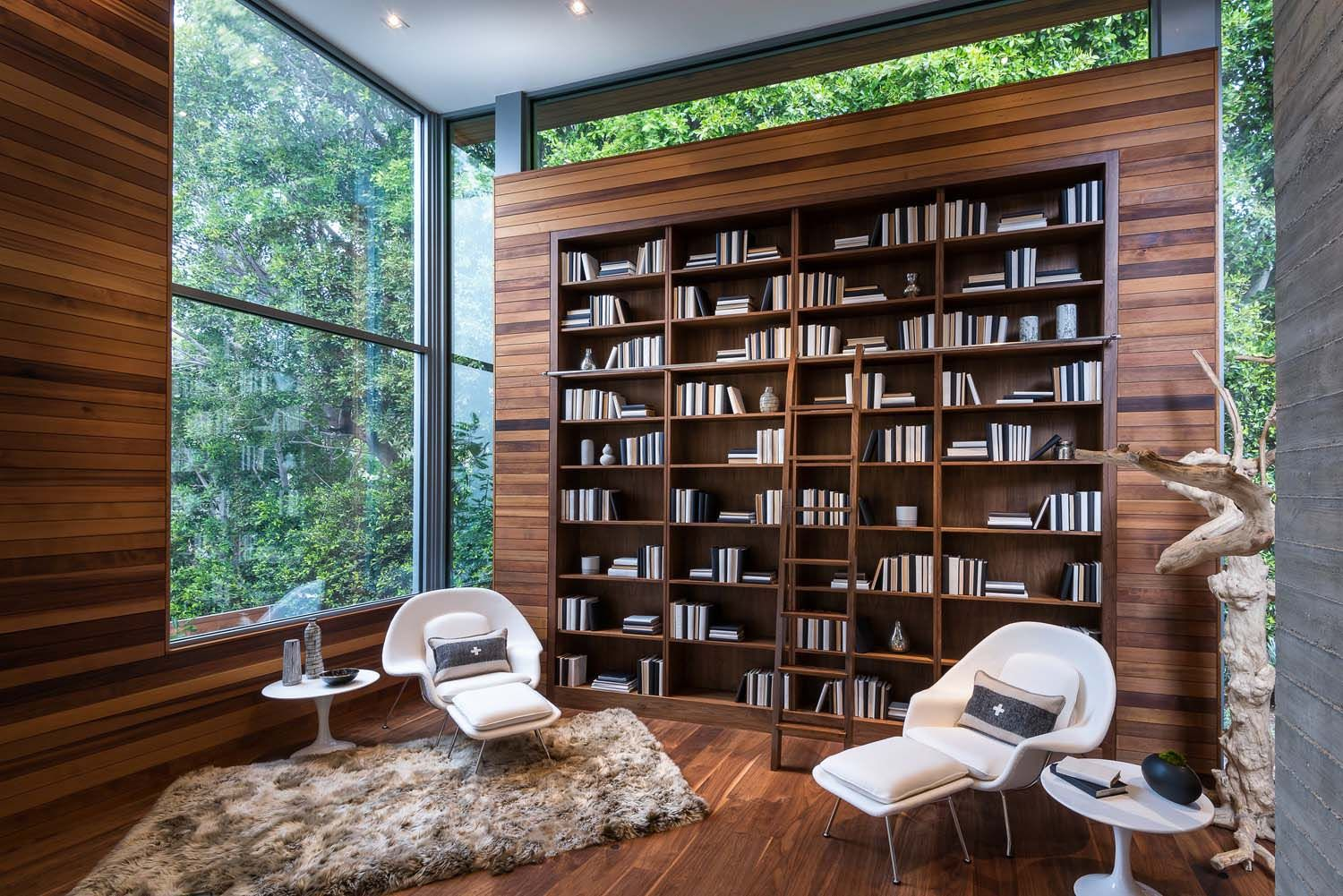 Decadent Nature Inspired Residence Nestled In The Pacific