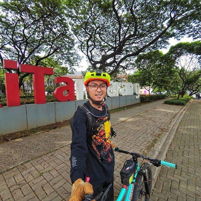 Kitangerang Banyak Ruang Terbuka Hijau Di Tangerang Sekarang Jaman Dulu Tempat Ini Adalah Kawasan Terminal Dan Pasar Cikokol Goodjob Buat Pemkot Tangerang G