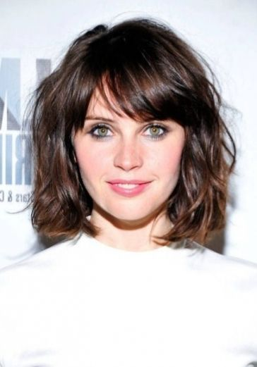 Bob Frisuren 2019 Schon Frisur Mittellang Mit Pony Sammlung Trendige Frisur Medium Hair Styles Short Layered Bob Haircuts Hairstyles For Thin Hair
