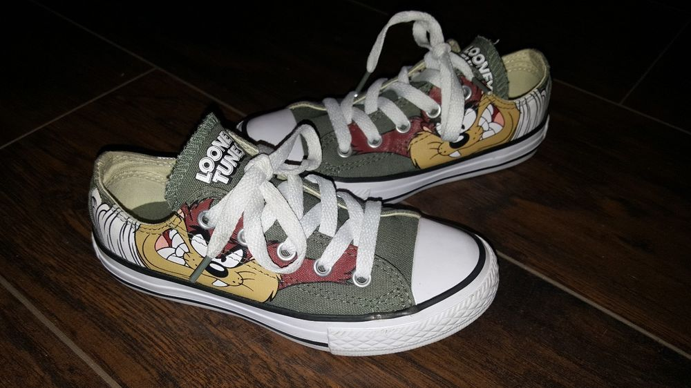 575fa1e73fa2 Converse Chuck Taylor All Star Looney Tunes Taz Sneaker Low Olive kids size  12