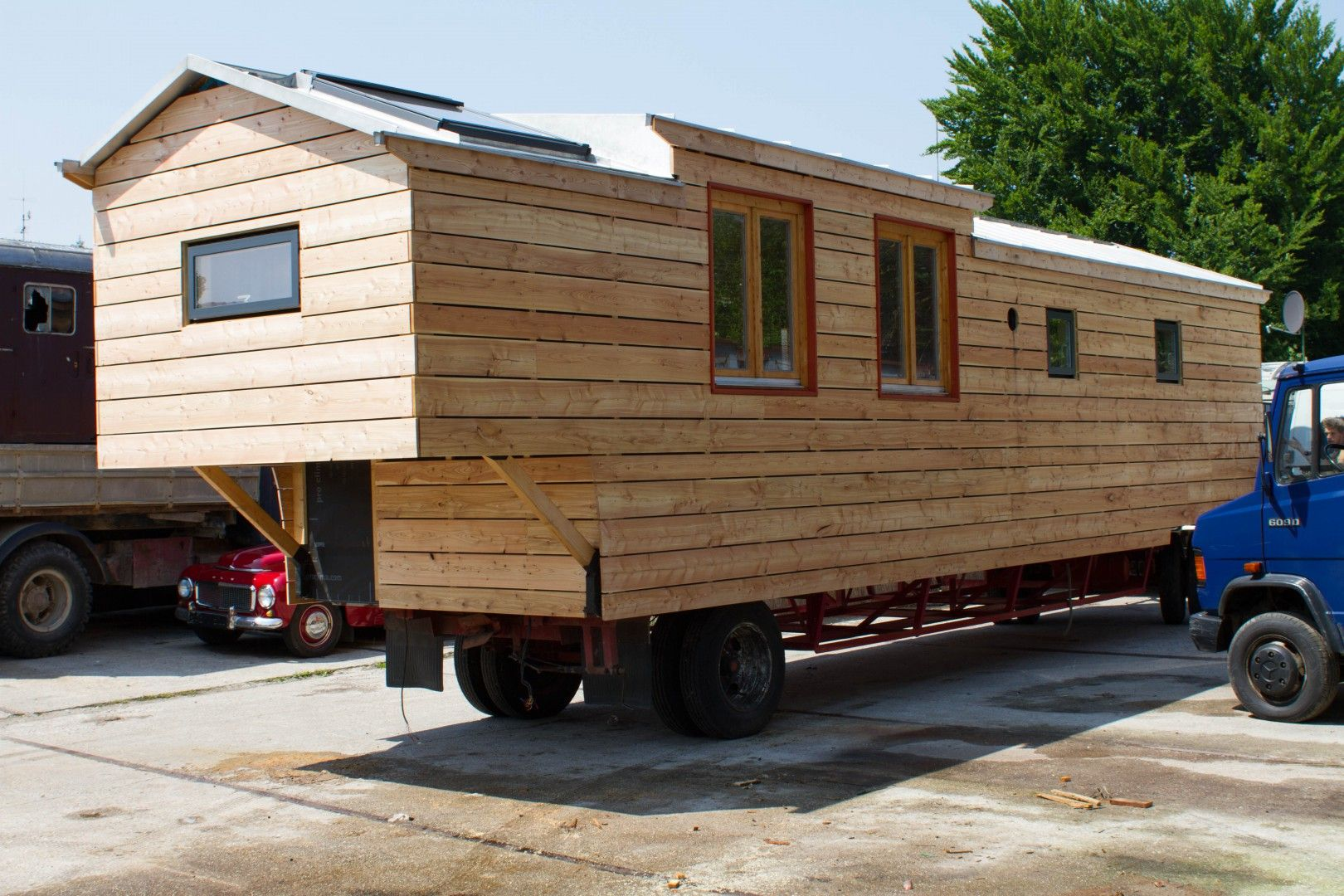 holz bau wagen referenz 3 wagen tiny apartments house und tiny house. Black Bedroom Furniture Sets. Home Design Ideas