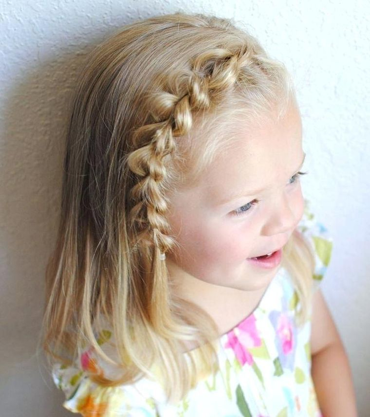 Belle Idee De Coiffure Pour Enfant Avec Cheveux Mi Longs Girls Hairstyles Easy Kids Hairstyles Girls Little Girl Hairstyles