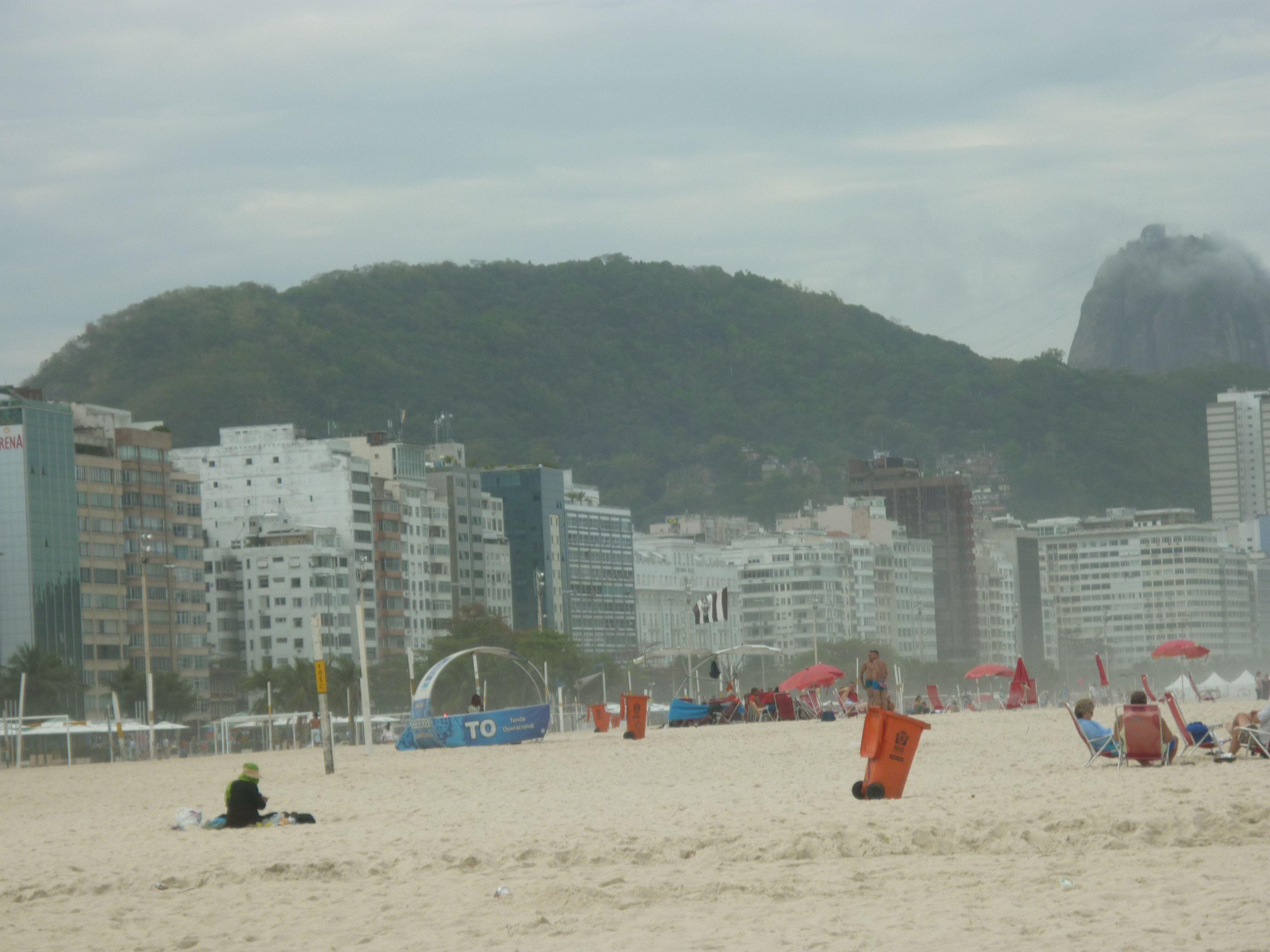 Este día de sol se vive casi toda la vuelta del año en Rio de Janeiro ¡Cómo no querer ir siempre! / #viajes #travel #viajesmuseo #traveller #travelling #vacation #placestovisit #trips