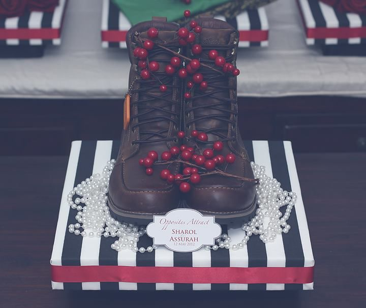Black & White Stripes W/ Red Gift Tray II