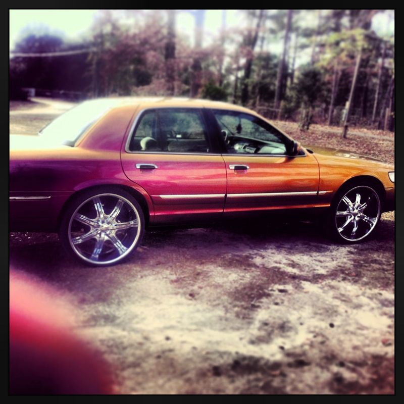 Guy used Chameleon pigment to paint his car. Used 4739OR from our web site.