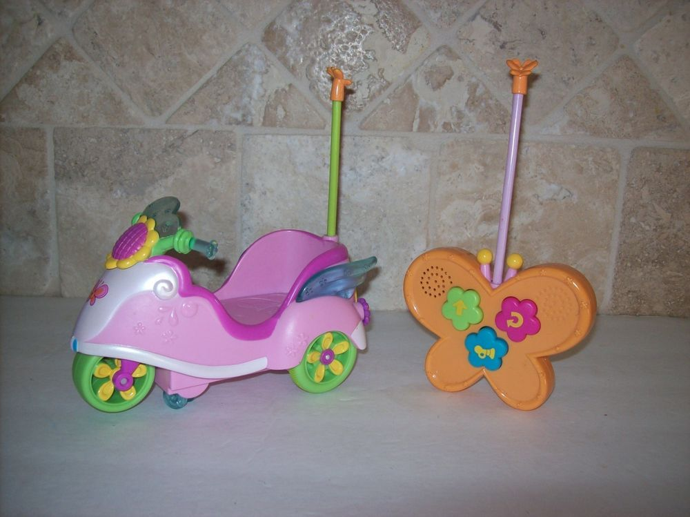 Hasbro My Little Pony Scootaloo On The Go Remote Control Rc Scooter Works Hasbro My Little Pony My Little Pony My Little Pony Scootaloo In generation 4, scootaloo and cheerilee have no indicated familial relationship the scooter that scootaloo is often seen riding in my little pony: hasbro my little pony scootaloo on the
