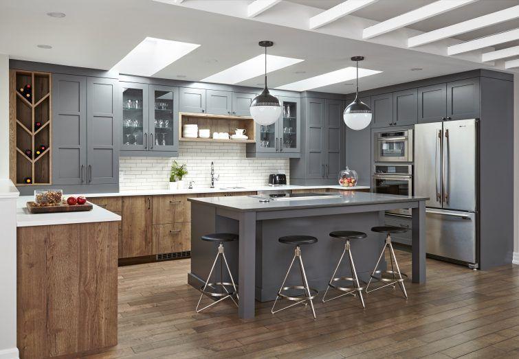 The Key Of Confidence Confident Kitchen By Square Footage Inc Interiordesign Interiorinspiration Ki Kitchenette Design Natural Wood Kitchen Wood Kitchen