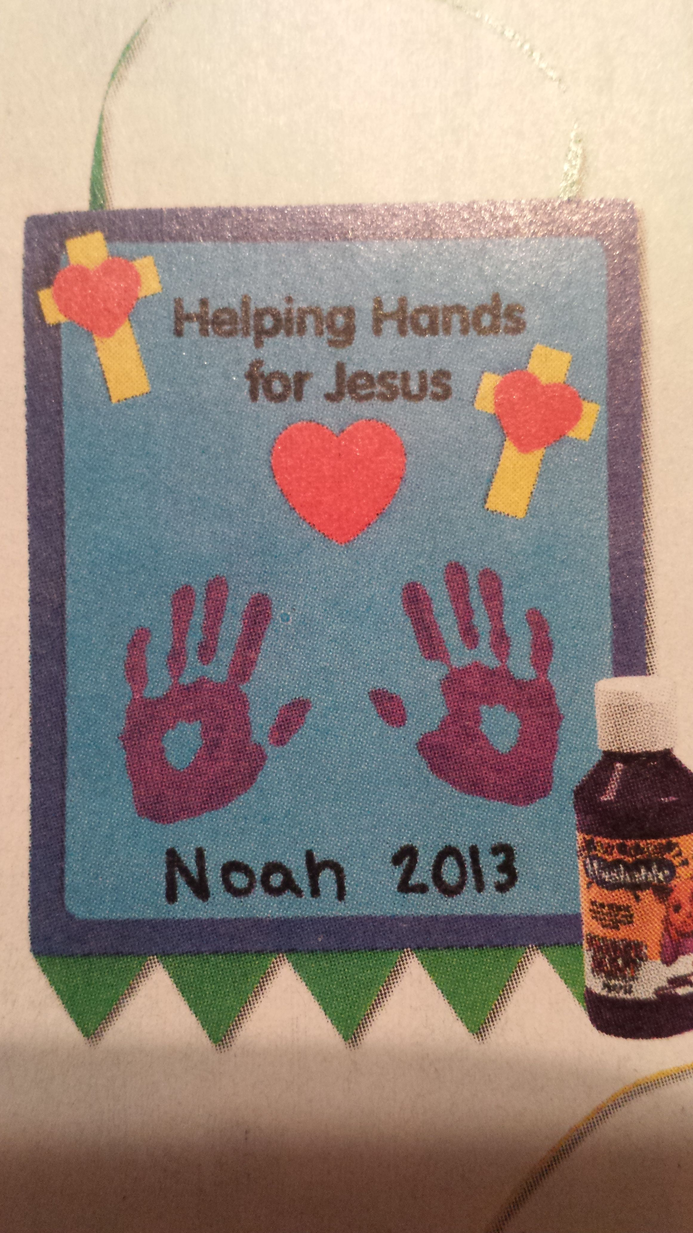 jesus handprint helping