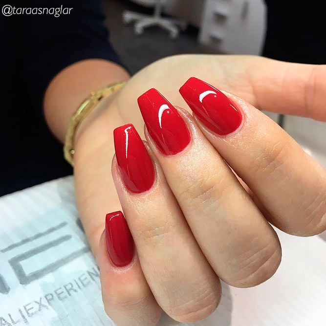 45 Hottest Acrylic Short Coffin Nails Color Shapes Design For All Fashion Ladies Page 10 Of 45 Latest Fashion Trends For Woman Red Acrylic Nails Square Nail Designs Square Nails