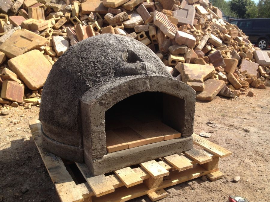 Buy a top-of-the-range DIY pizza oven kit and build your ...