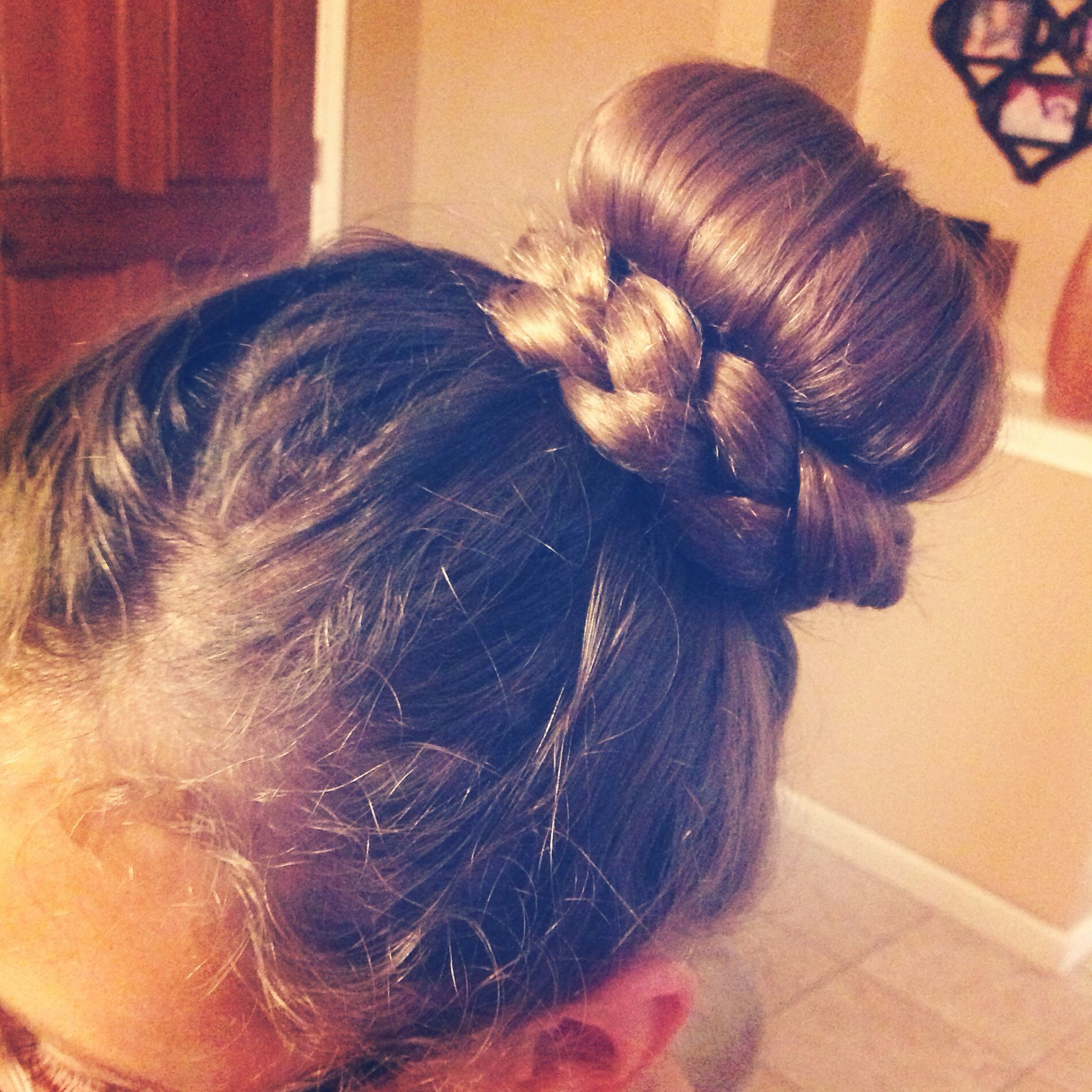 Cute girly bun hair pinterest