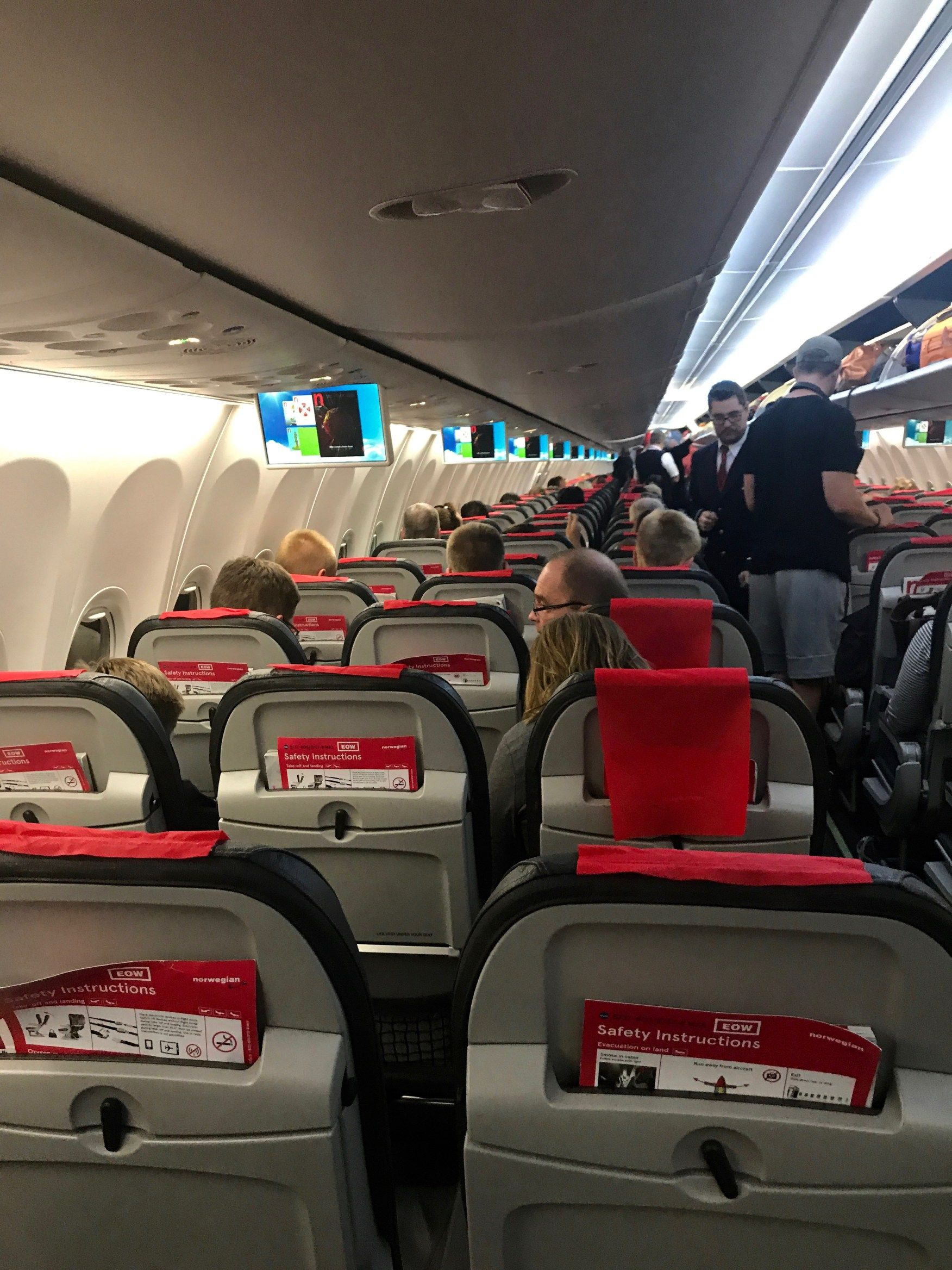 Wondering What It Would Be Like To Fly With A Budget Airline For Over 7 Hours My Experience With Norwegian Air To E Norwegian Air Norwegian Airlines Norwegian
