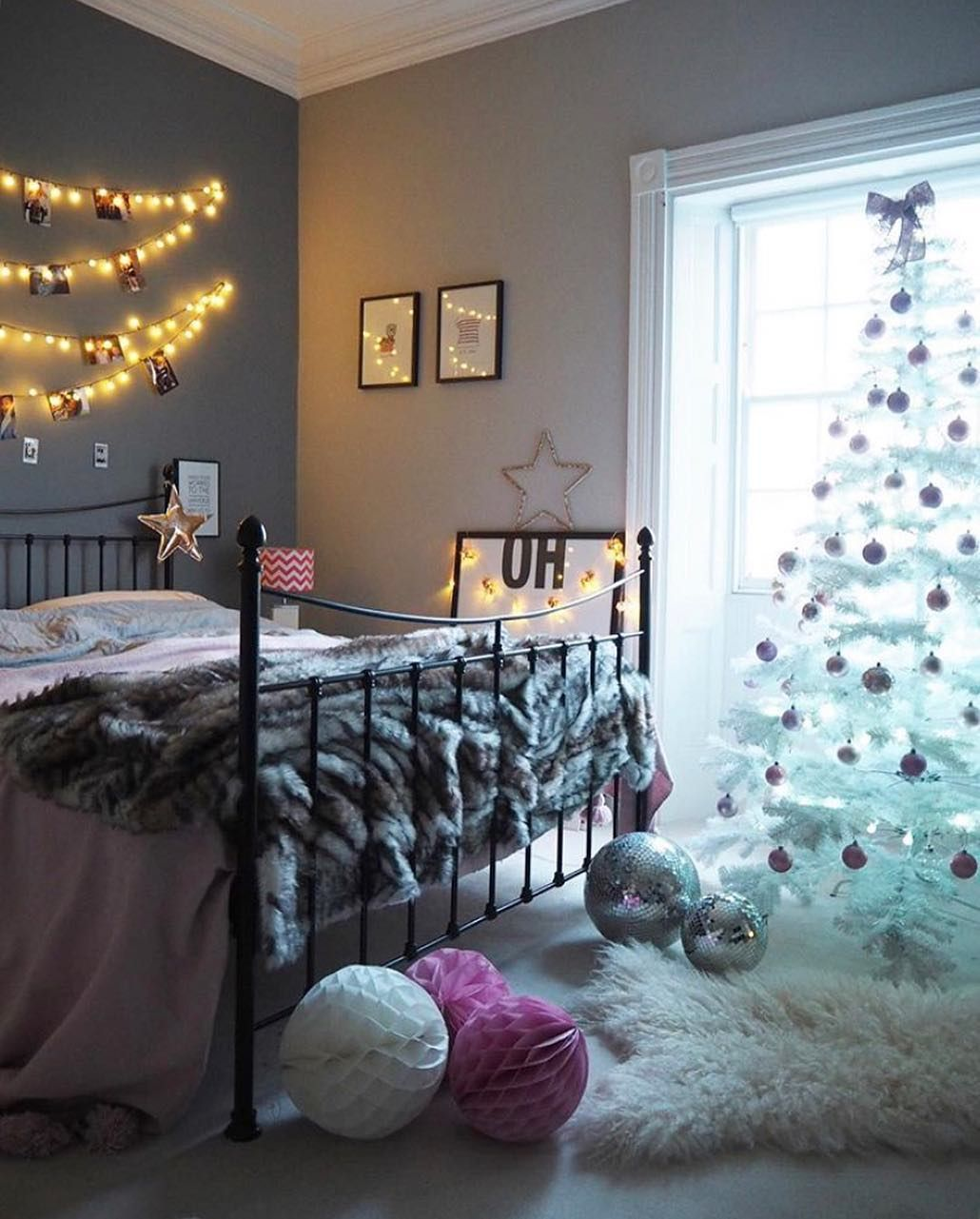 girls bedroom decorated for christmas fairy lights honeycomb rh pinterest it