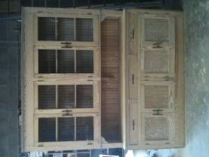 love to have this hutch!