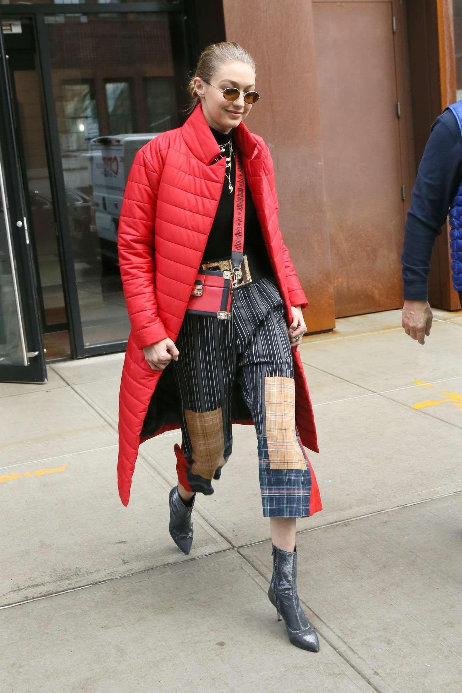 a647b0b6 Gigi Hadid Leaving her apartment in New York 01/23/2018. Celebrity Fashion