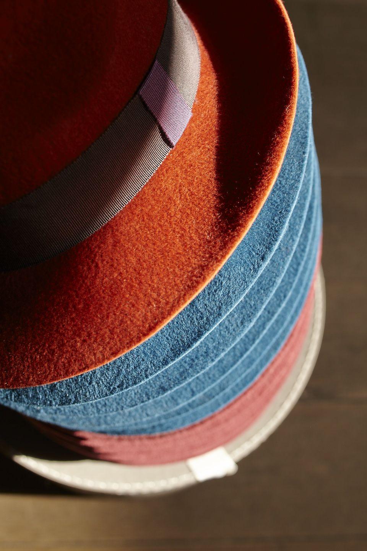 Trendy en feutre rouille en pile #lacerisesurlechapeau #chapeau #hat