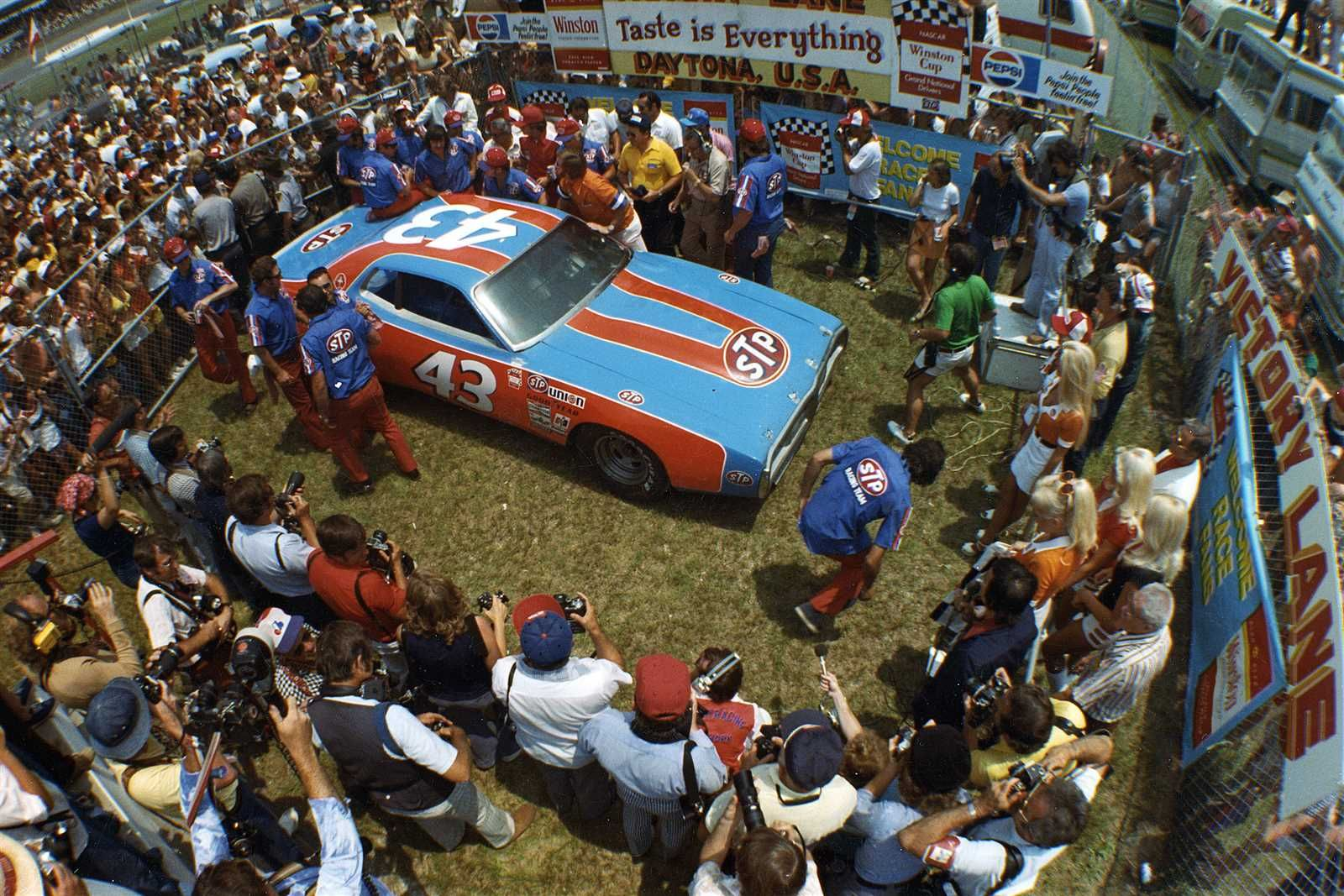 Gallery Landing Page Official Site Of Nascar Richard Petty Nascar Racing American Racing
