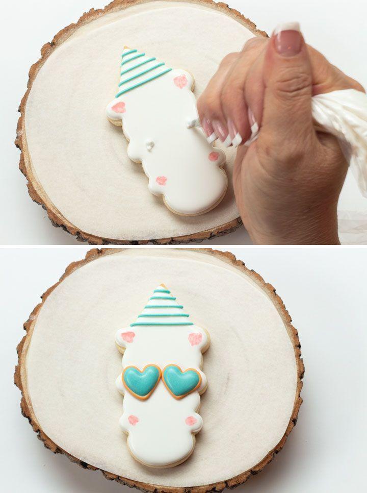 #thebearfootbaker #llamacookies #llama #sugarcookies #royalicing #royalicingtransfers #cookietutorials #decoratedsugarcookies #icecreamconecookiecutter #birthdaycookies