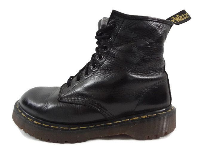 cheap retail dr martens black leather 8 eye lace up ankle boots men size 10 women 11 new