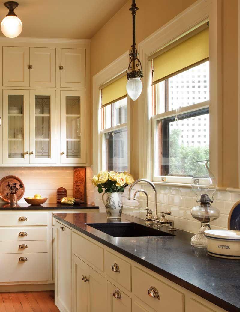 The Allure Of Arts Crafts Kitchens Baths Craftsman Kitchen Bungalow Kitchen Kitchen Styling