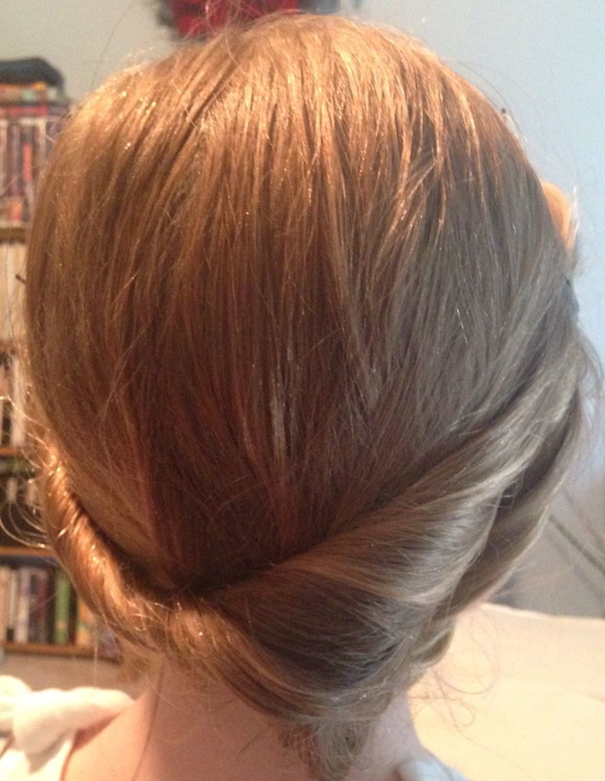 I think this is a cute hairstyle that you can wear at school or at