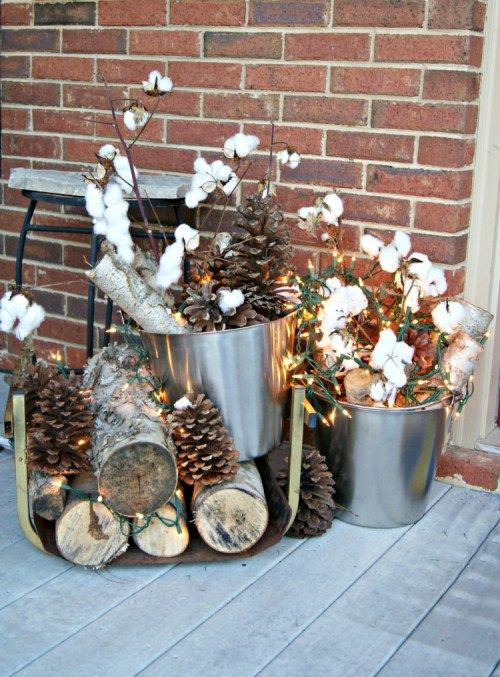 Repurposed And Upcycled Vintage Winter Decor Ideas Christmas Garden Decorations Outdoor Christmas Decorations Natural Holiday Decor