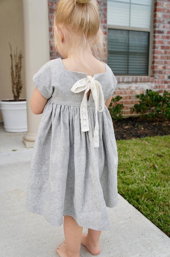 Pretty Handmade Linen Toddler Dress, little girl dress, linen dress, dress with pockets, linen and l