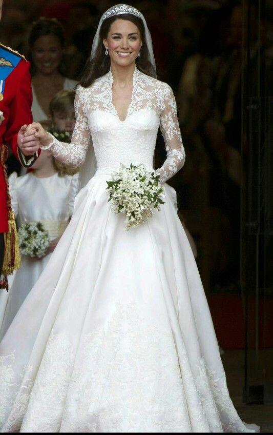 Catherine   royal wedding dresses   Pinterest