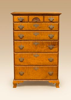 Early American Style Bedroom Furniture. Tiger Maple Wood.