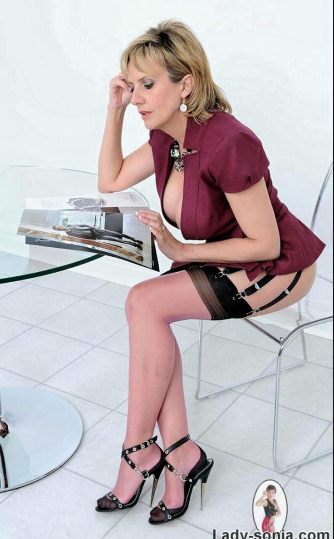 Lady Sonia Nude Photos 54