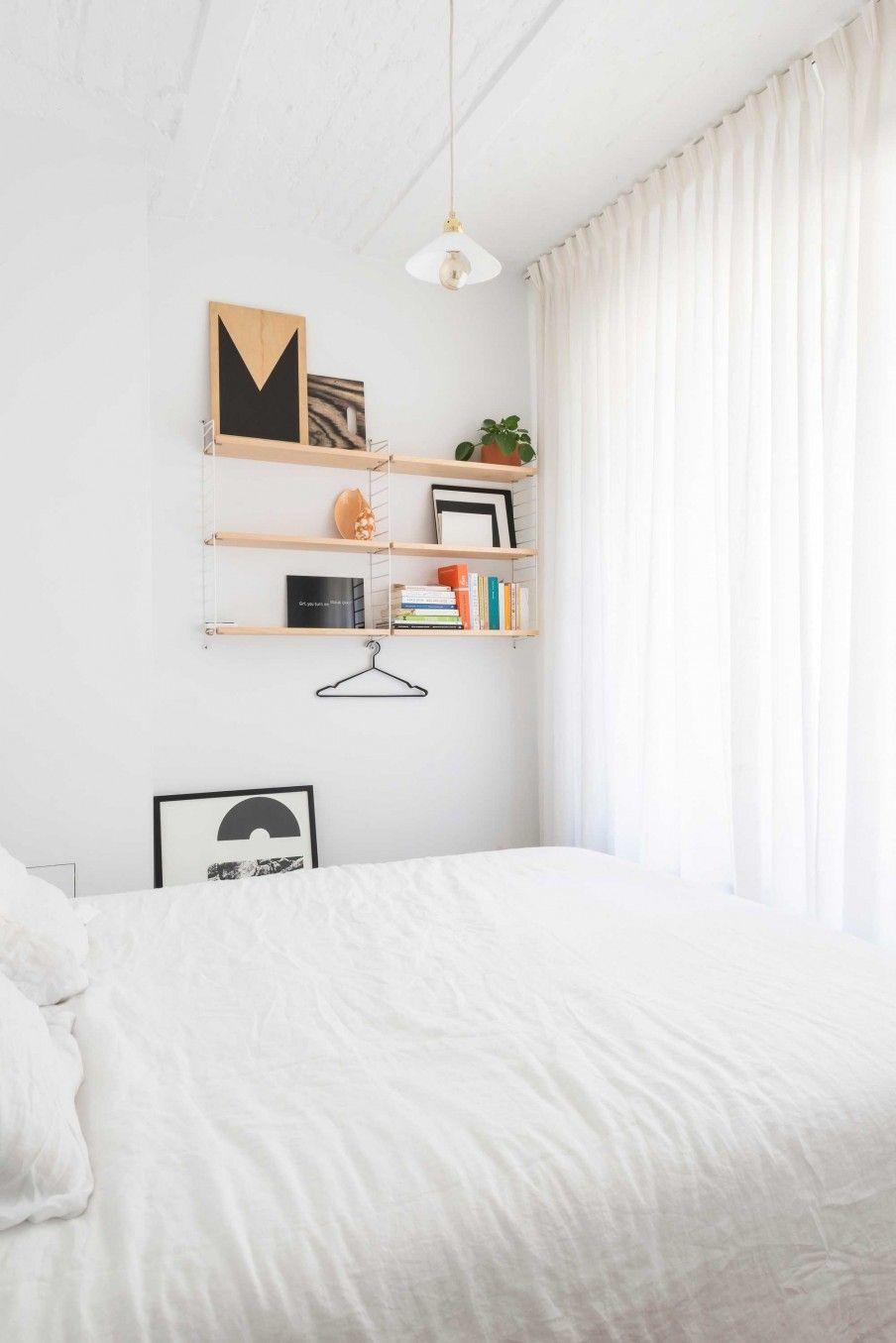 Witte slaapkamer | White bedroom | vtwonen België 12-2017 | Styling ...