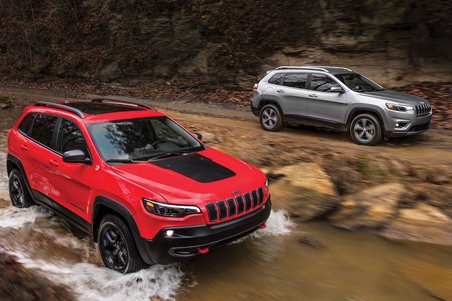 172 New Chrysler Dodge Jeep Ram Cars Suvs In Stock With