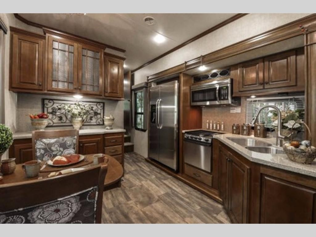 New 2018 Heartland Bighorn 3750FL Fifth Wheel at Castle