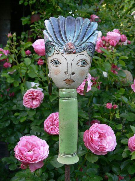 Keramik gartenprinzessin pamina m rzenbecher ein - Gartenskulpturen selbstgemacht ...