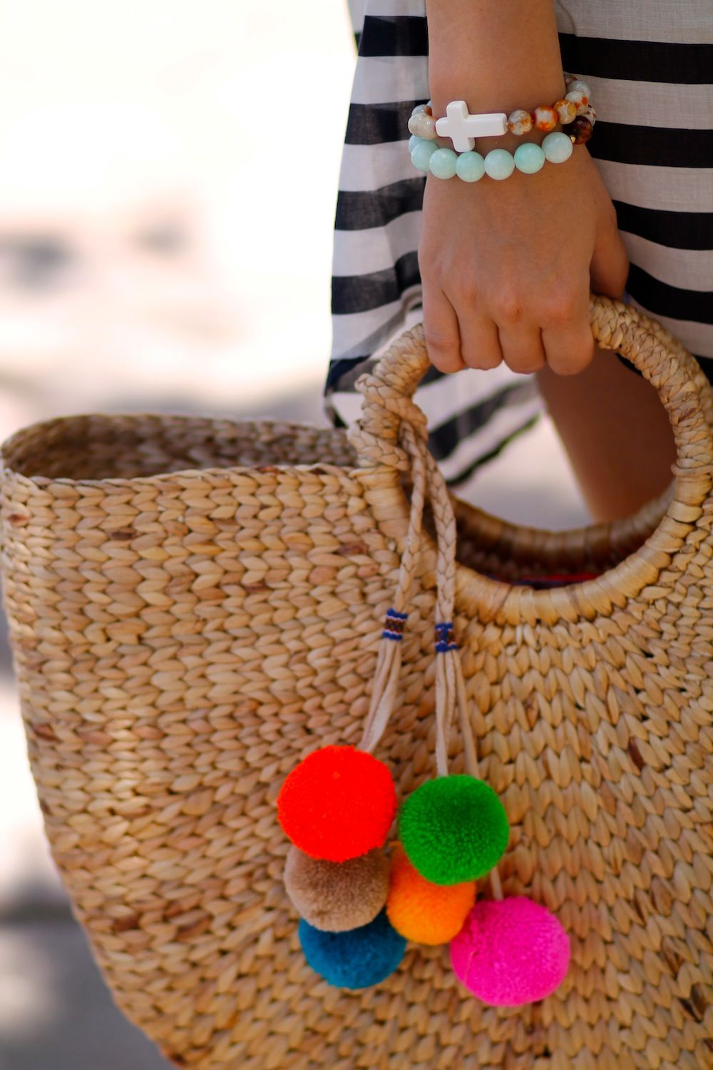 Wicker Basket With Pom Poms : Beach tote straw summer bag pom poms wicker