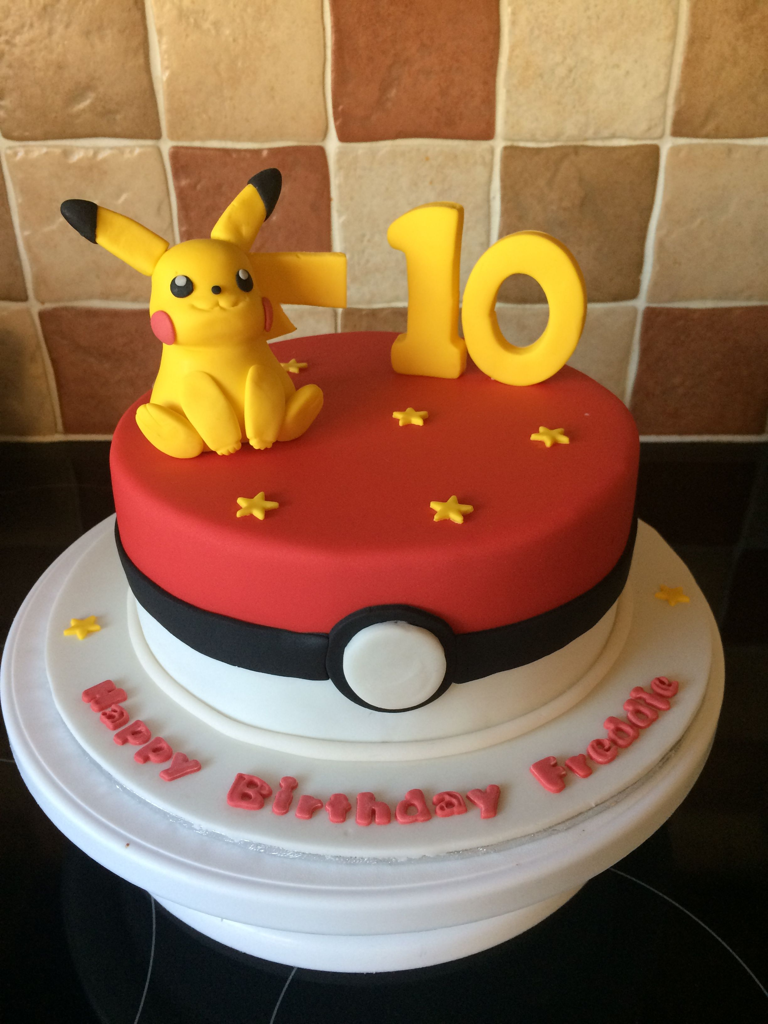 Remarkable Pokemon Cake Pokemon Verjaardagsfeestje Verjaardagstaart Pikachu Personalised Birthday Cards Bromeletsinfo