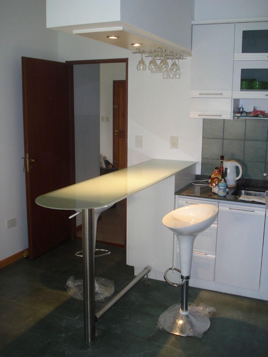 Mesadas de vidrio para cocina con vinilos buscar con for Modelos de cocinas pequenas con desayunador
