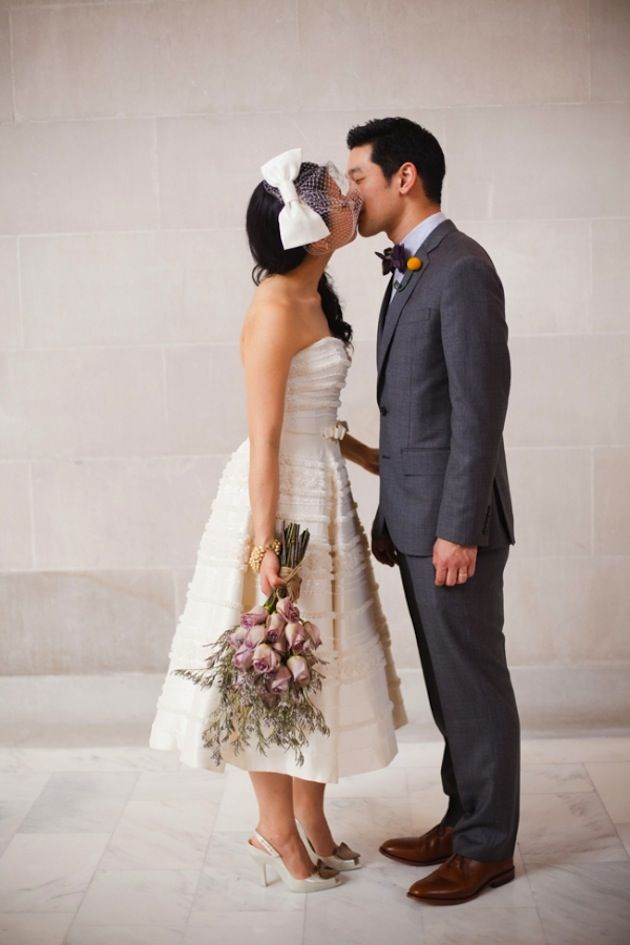 Perfect Short Wedding Dress With A Bow On The Veil